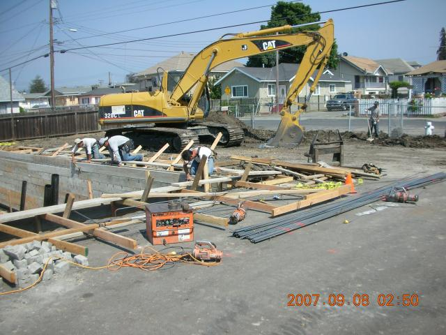 09-2007 King Pan Temple Construction Pixs 123