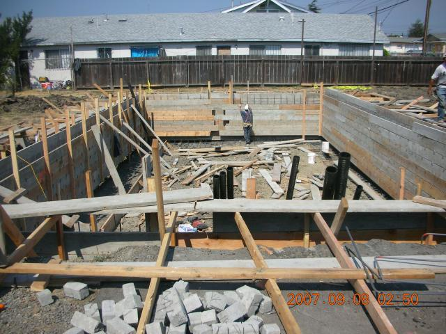 09-2007 King Pan Temple Construction Pixs 124